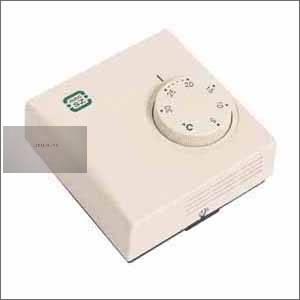 Szoba termosztát PT 108 váltó hűtés,-fűtés