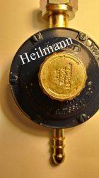 Gáztűzhelyhez PB nyomáscsökkentő fej állítható 50-170mbar 1,5kg/h olasz